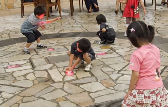 ららぽーと横浜 噴水ポップジェット