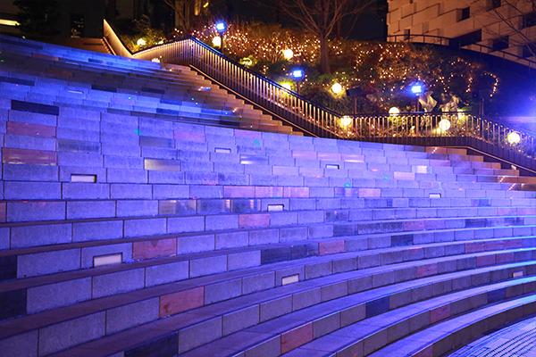 新宿イーストサイドスクエア クリスマスイルミネーション