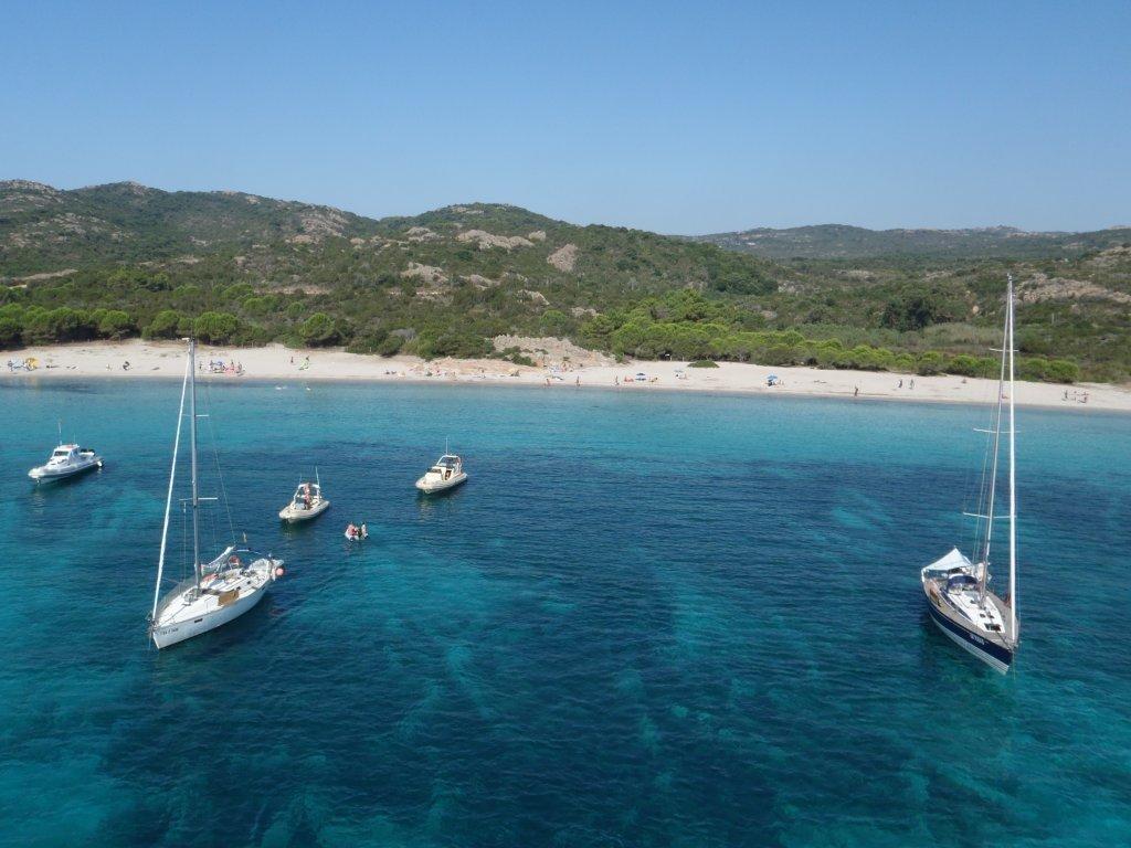 Die berühmte Rondinara eine der schönsten Buchten auf der ile de beaute - Korsika