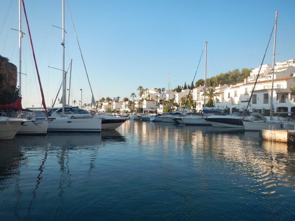 Marina del Este auf der Tour nach Mallaga
