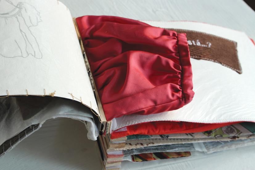 """Hradil """"Dónde está..."""" 2017, Buch, geöffnet, Teile von Textilien, div. Papiere, Holz, Schrauben, Klettverschluss, Faden, Leim"""