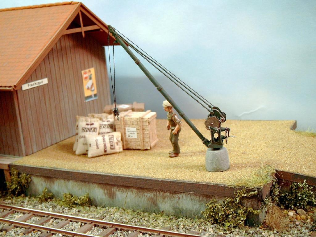 Wann kommt endlich der angekündigte Güterwagen?