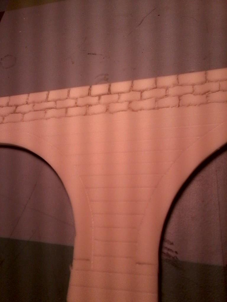 Das Viadukt an sich besteht aus Hartschaumplatten, die sich gut gravieren lassen.