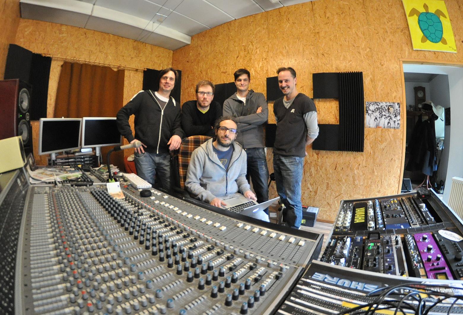 CRÆSH recording Full House - concrete studio, Göllersdorf