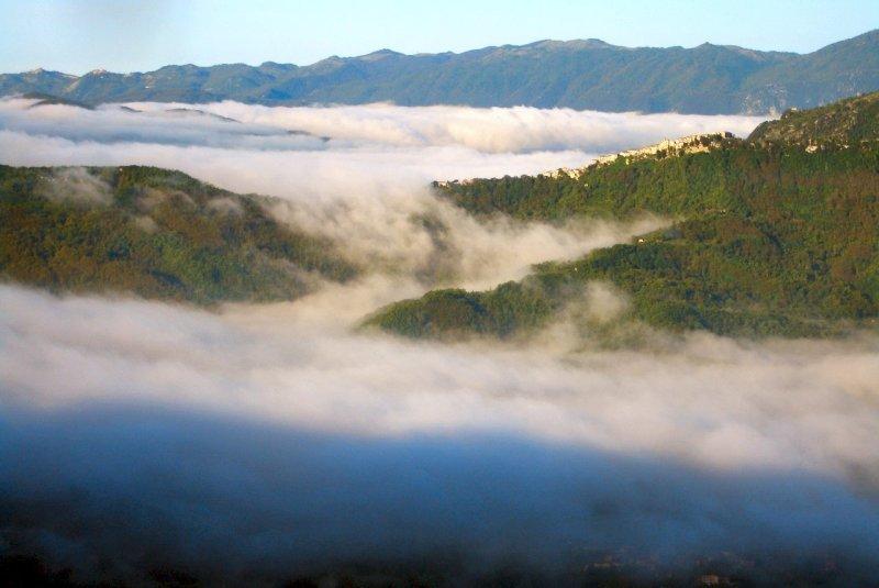 Rocca Canterano sopra le nuvole