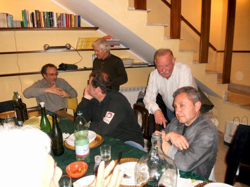 Cena a casa di Renato tra soci del G.M.P. e Funghifloraefauna 20-04-2012