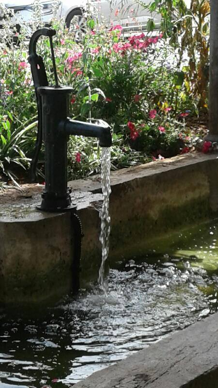 Mise en place d'un système de pompe dans une fontaine