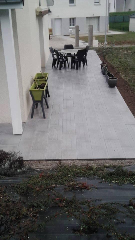 Création / rénovation d'une terrasse avec des dalles imitations bois