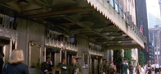 """(""""Coup de foudre à Manhattan"""")"""