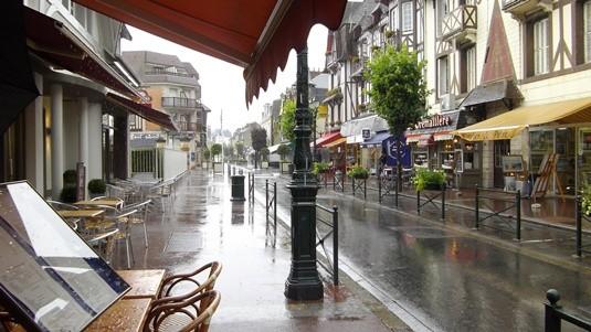 Cabourg sous la pluie.