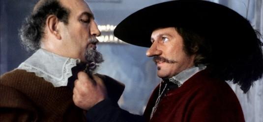Cyrano de Bergerac (Gérard Depardieu) n'est pas qu'un poète, c'est aussi un fin bretteur.