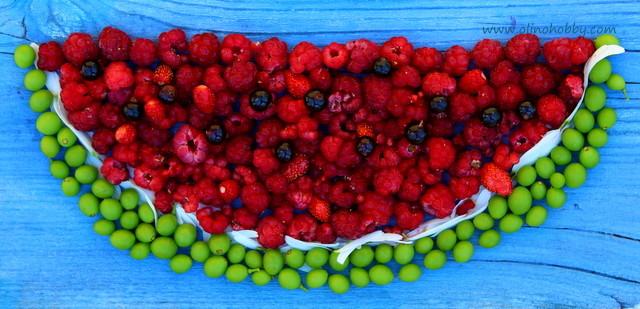 арбуз из ягод, как красиво подать ягоды
