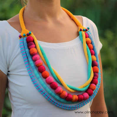 Big crochet nursing necklace