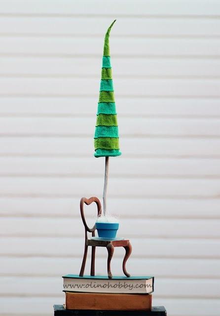 вязаная ёлка спицами, ёлка в горшке, интерьерное украшение на новый год, стильная мини ёлка, новогодний декор