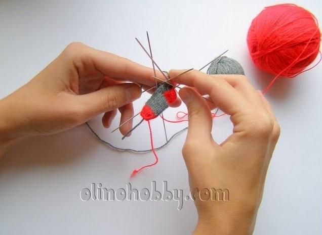 вязание на иголках, миниатюрное вязание, мини-носочки