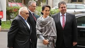 Egon Bahr, Suu Kyi und Sigmar Gabriel