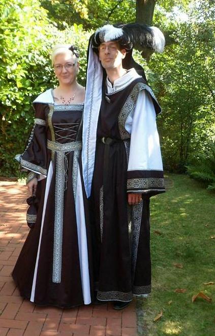 Mittelalter,Gothik & Wave,Damen Mittelalter Kleid in Maßanfertigung, Gewandungen im Mittelalter Design.