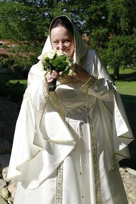 mittelalterliche gewandung in maßanfertigung, Gewandschneiderei Mittelalter-FAshion in Maßanfertigung.