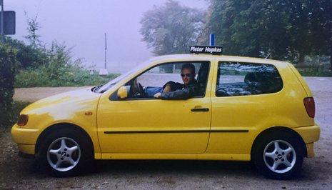 Autorijschool Erik Hartkamp Barneveld 1993. Rijschool Hartkamp rijles in een Volkswagen Polo.