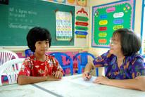 คุณประไพพรรณ กับ เด็กที่ได้รับทุนการศึกษา ด.ญ.ชัชยา นิกรพัน
