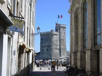 rue deu Port, Tour St Nicolas