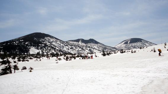 晴天で「大岳」ほかパノラマが広がる