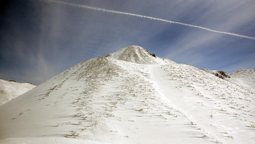 「長平コース」最初の急斜面は積雪タップリ