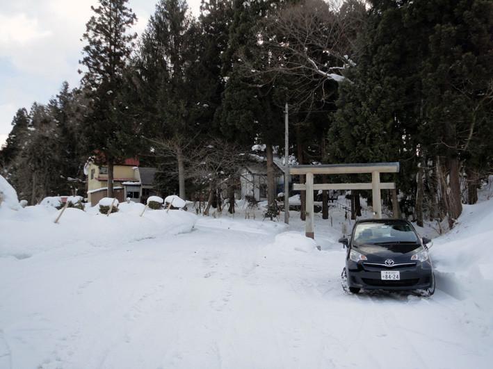 1. 「戸山地主(じしゅ)神社」駐車場使用は参詣済ませてから