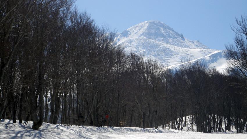出発前の山頂付近遠望