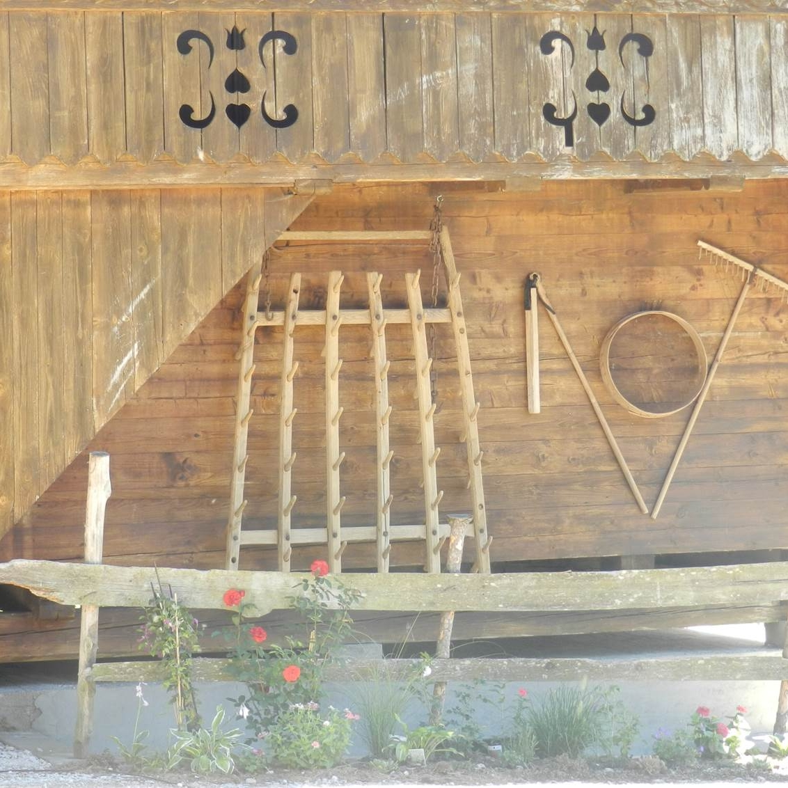 altes Gerät, dekorativ in Szene gesetzt von Viz