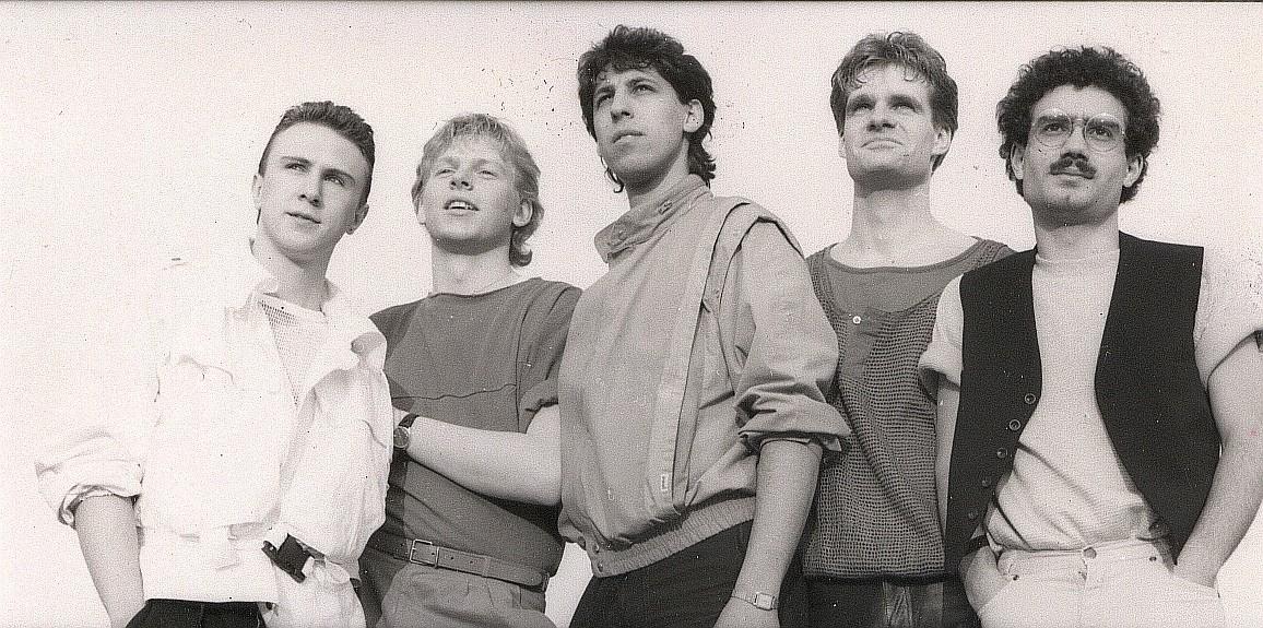 Heisse Ohren mit (noch) namenlosen Bandmitgliedern