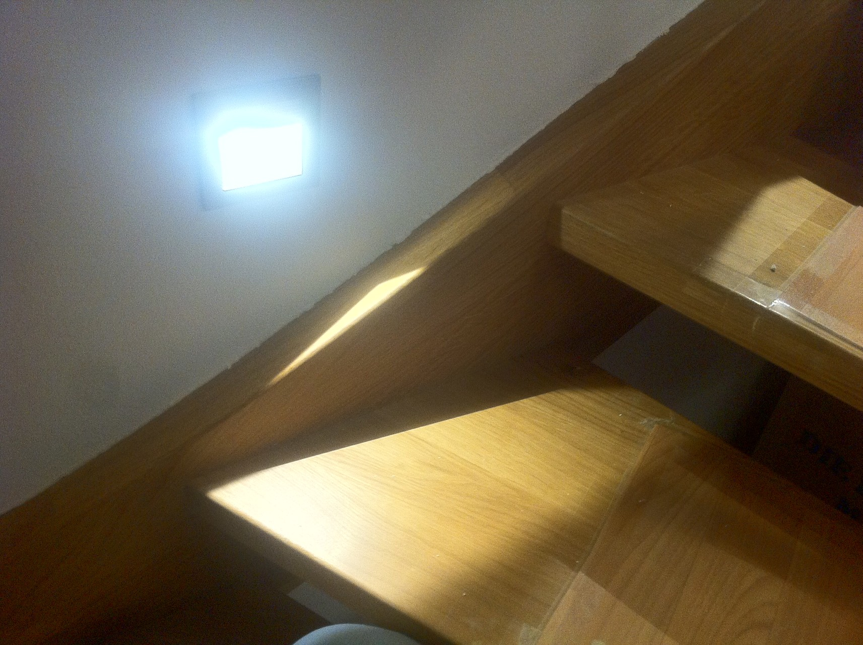 innenbeleuchtung elektrotechnik sommer. Black Bedroom Furniture Sets. Home Design Ideas