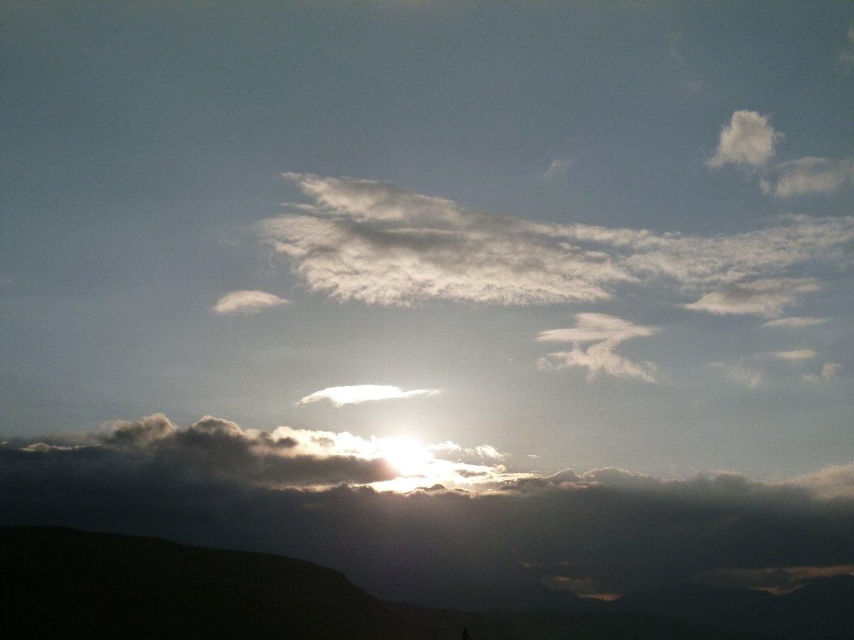 チベット マナサロワール湖の夕日