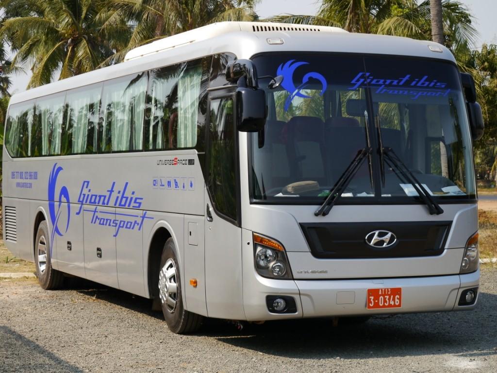 Im Langstreckenbus nach Phnom Penh