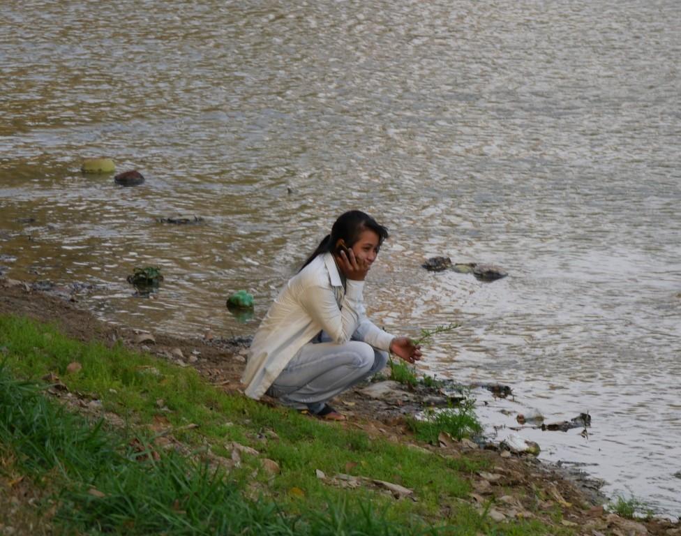 Allein am River
