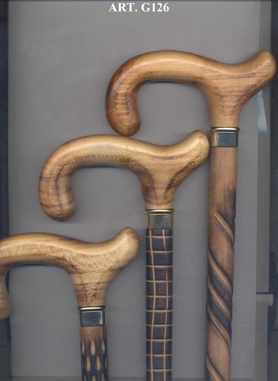 G126 Steunstok bruin hout bewerkt en goudkleurige ring