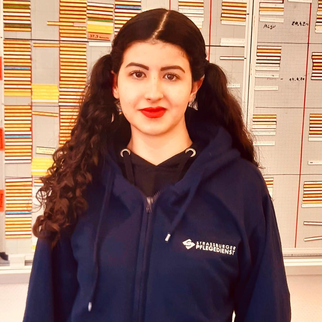 Madina Hedajatullah, Azubi