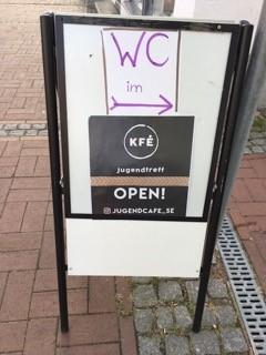 Öffentliche Toilette jetzt im Jugendcafé KFÈ