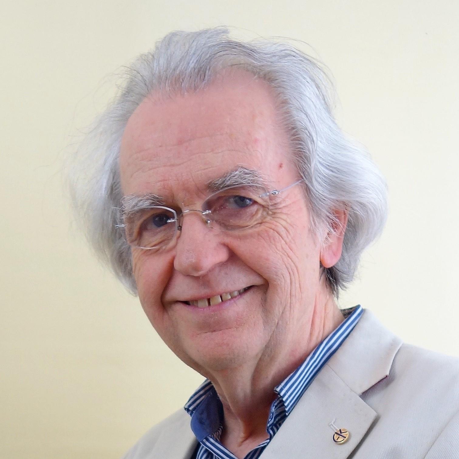 Psychotherapeut, Clearingexperte und Dozent Roland Knaus