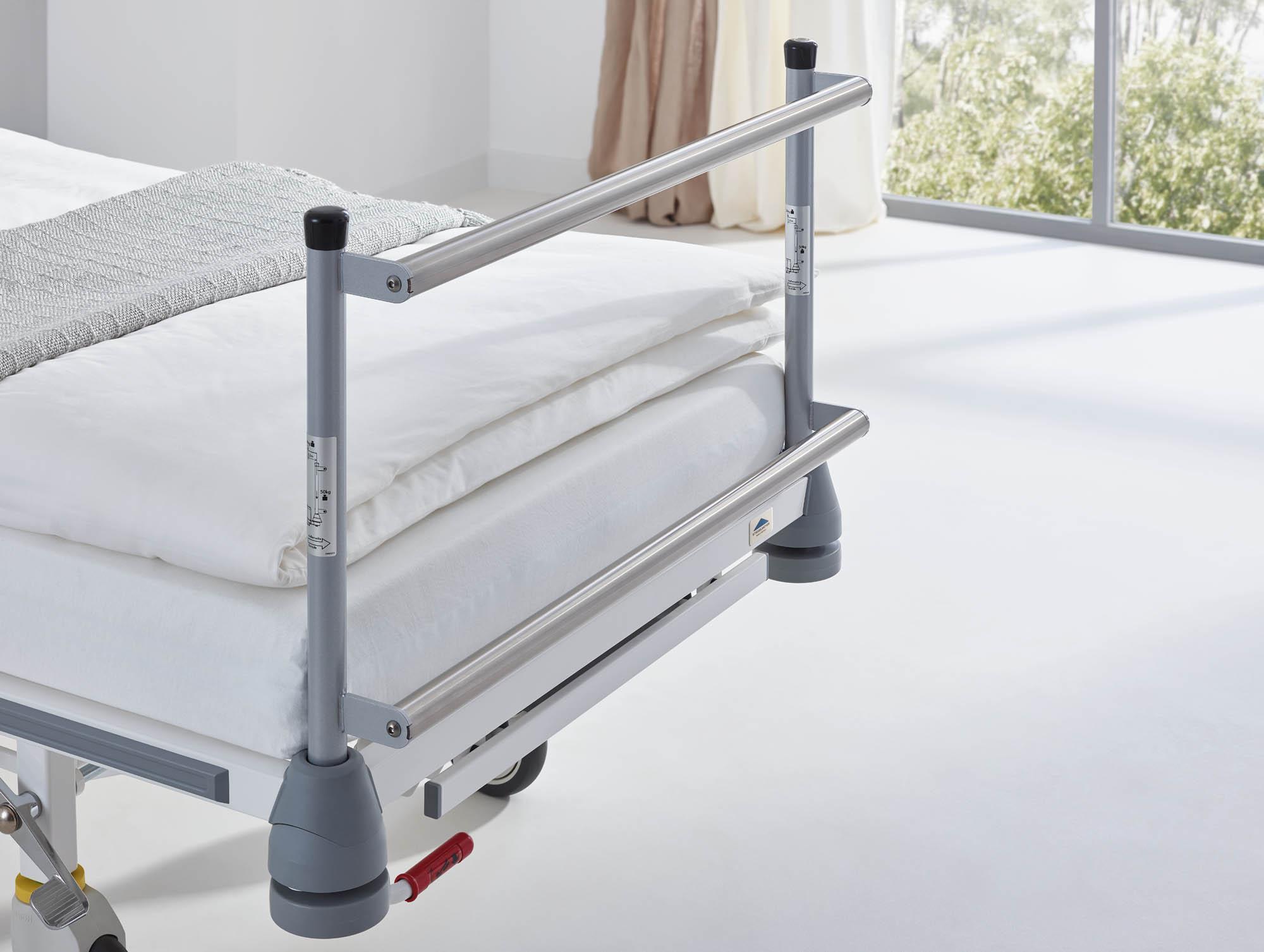 Das Extensionshaupt lässt sich auch am Krankenhausbett Vivendo pro anbringen.