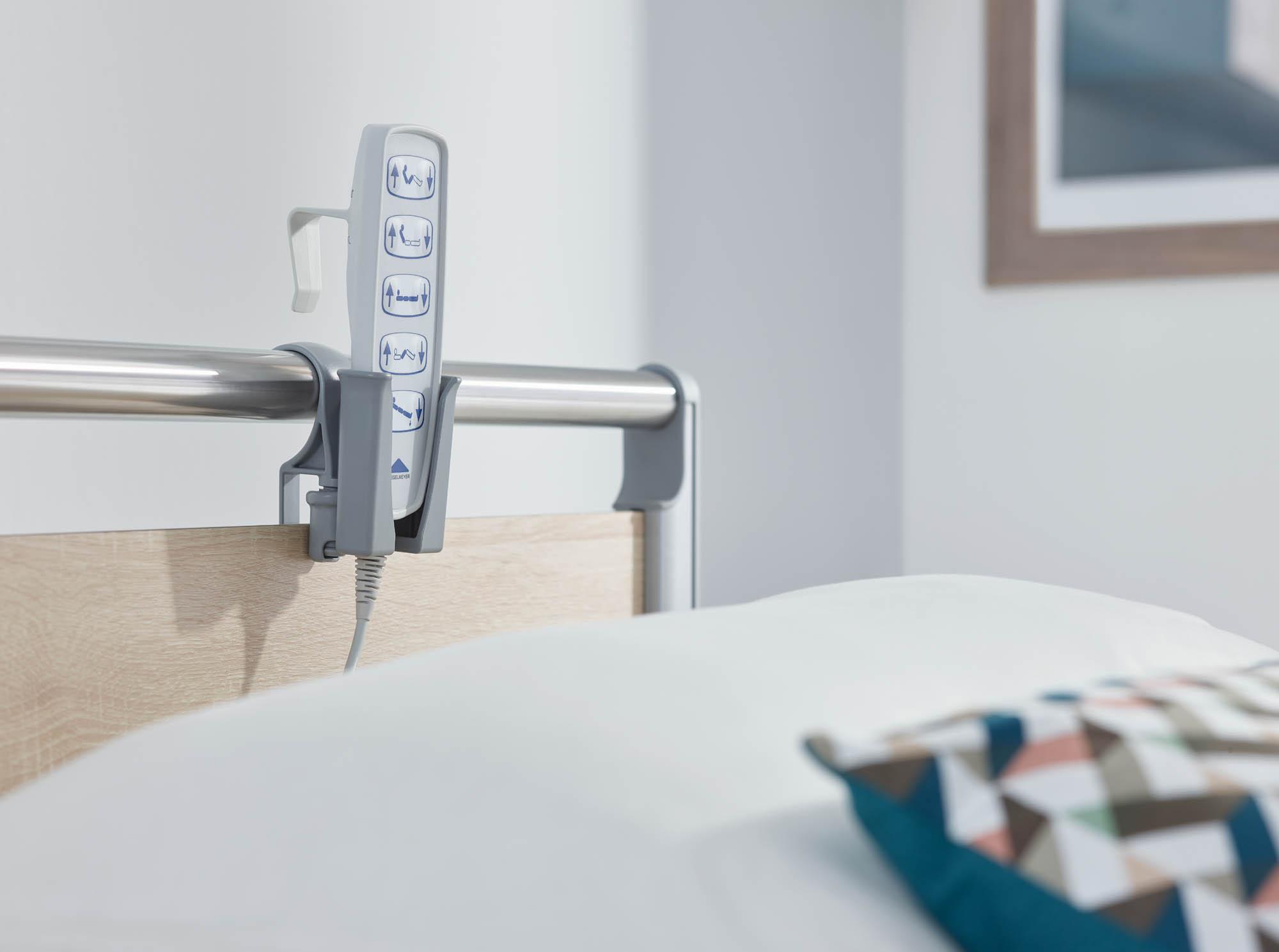 Auch für den Standard-Handschalter gibt es einen anhängbaren Köcher.