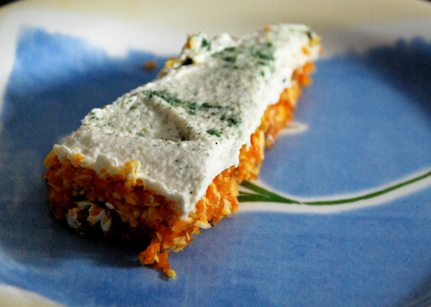 Tarta de zanahoria con crema de anacardos