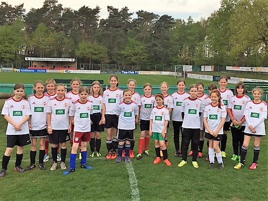 Die Teilnehmerinnen am Grundsichtungstag 2018 am DFB-Stützpunkt Hauenhorst