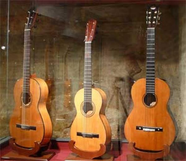 Guitarras clásicas Antonio Torres