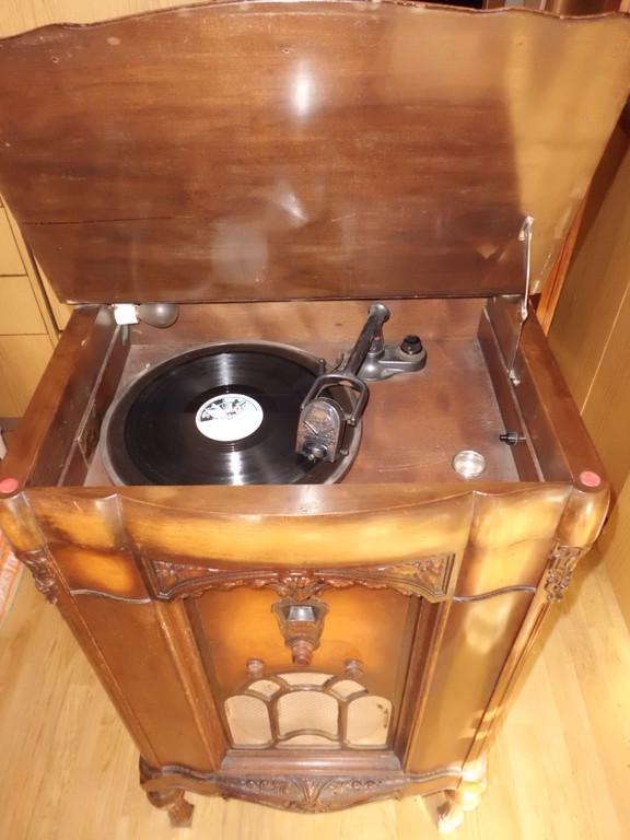 Barock radio-phono FADA 45, 1930