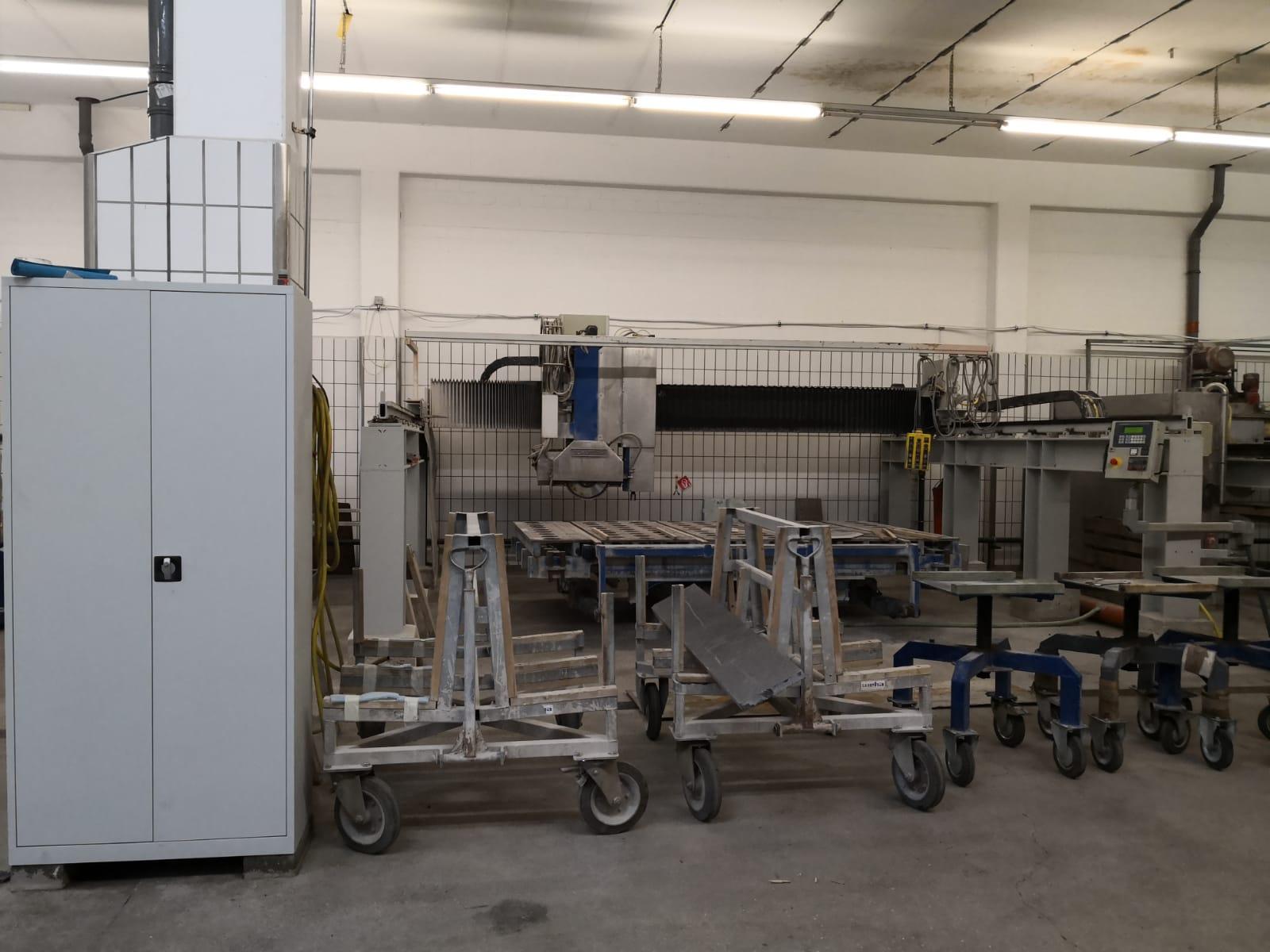 CNC-gestuurde brugzaag