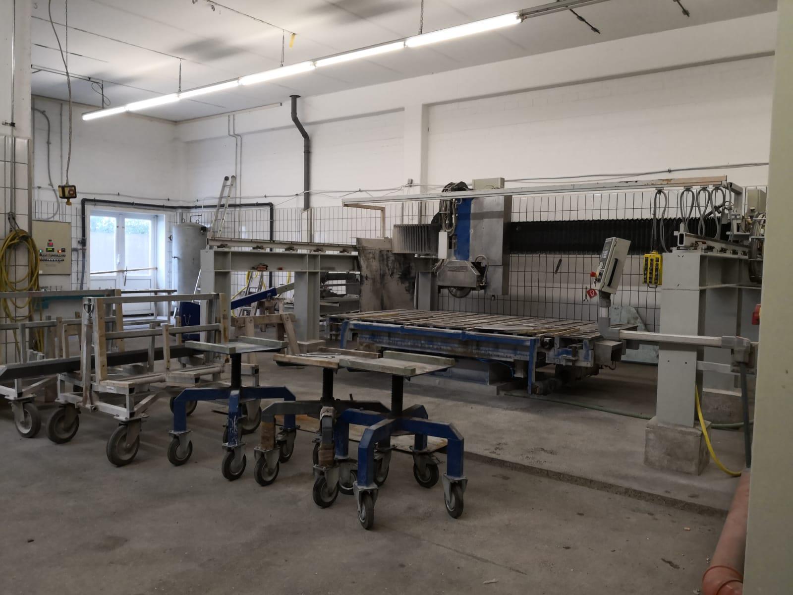 HEUTE: Voll automatisch durch CNC gesteuerte Sägetechnik