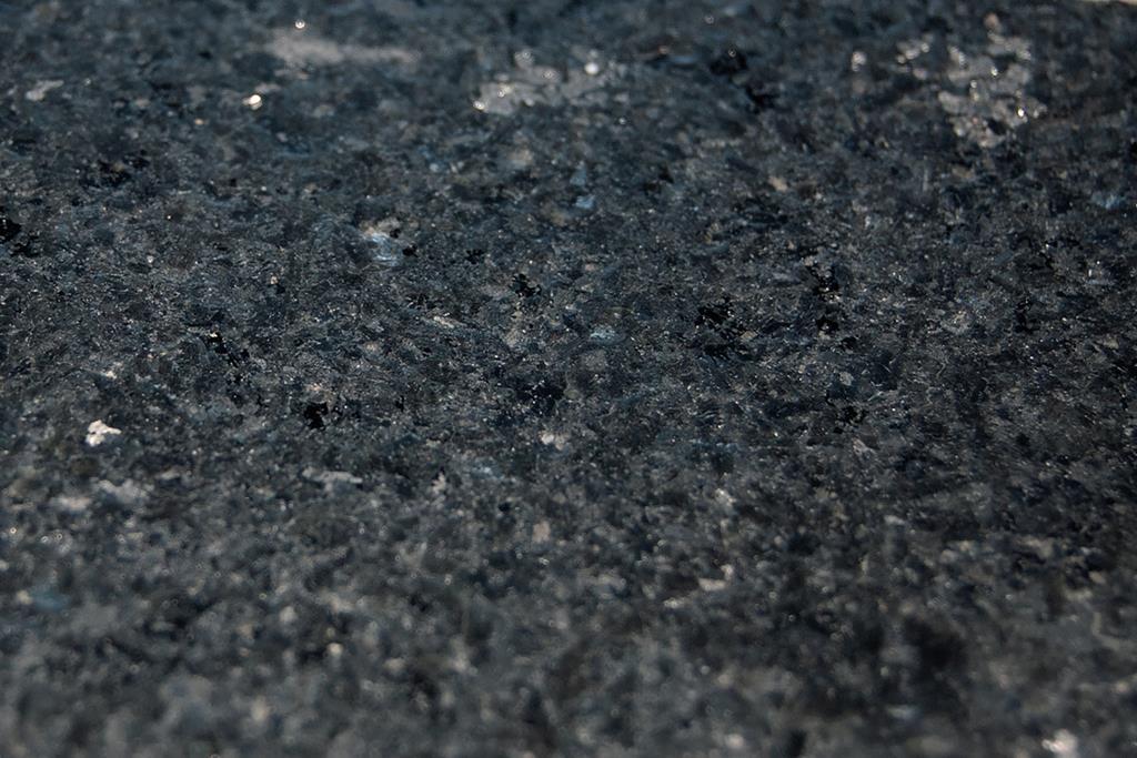Marcos Black - Granit