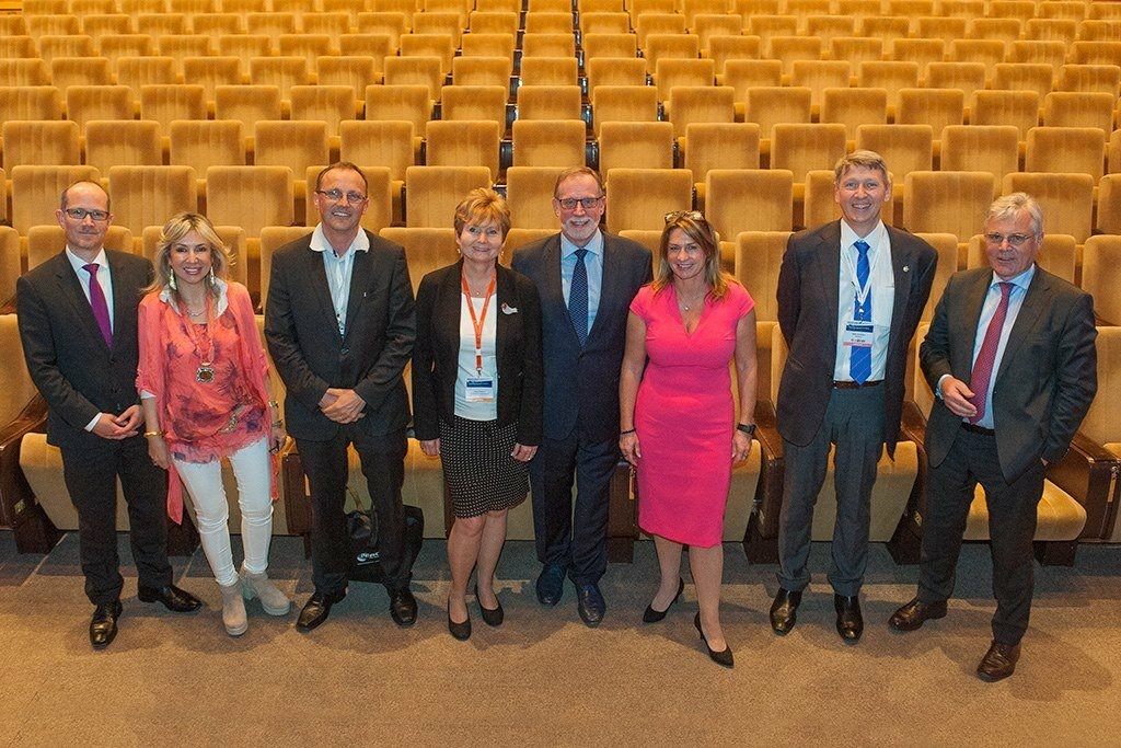 Members of the Organising Committee of the E&E Congress 2016 in Prague with Dr. Carsten Karcher