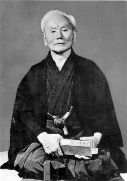 Funakoshi Gichin - Begründer des modernen Karate-Do